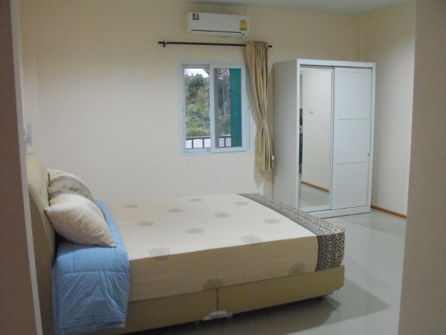 lge-bedroom